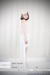 """เสื้อแขนพองซีทรู ผ่าไหล่ (BLO.0178)  สี : ขาว, น้ำตาล  Size : L ขนาด: อก 36″ เอว Free"""" สะโพก Free""""  กระโปรงหน้าสั้นหลังยาว มีโบว์ผูก (SSL.0124)  สี : ขาว  Size : S ขนาด: อก Free"""" เอว 30″ สะโพก 34″ L ขนาด: อก Free"""" เอว 34″ สะโพก 38″"""